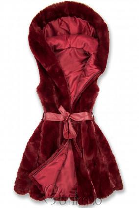 Vínově červená kožešinová vesta s páskem