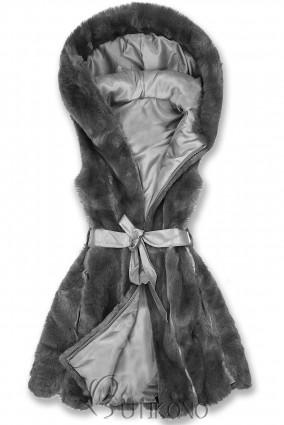 Šedá kožešinová vesta s páskem